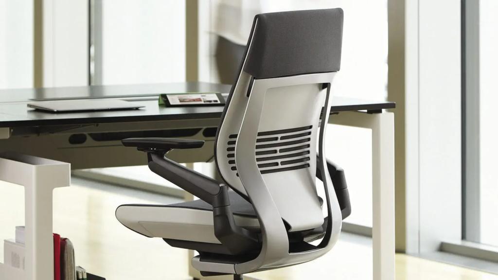 que tener en cuenta al comprar una silla ergonomica