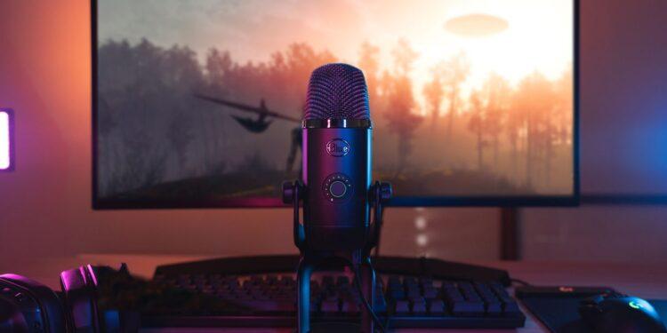 que microfono utilizan los youtubers y streamers